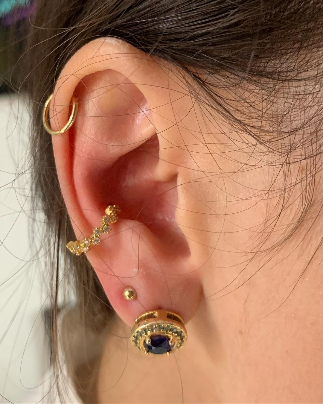 1614906213 762 15 inspiraciones de perforacion de labret y consejos para perforar - 30 fotos de piercing en orejas para querer el tuyo hoy